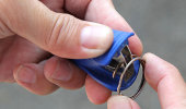 Simple-Life-Hacks-Every-Woman-Needs-To-Know-About_thumb